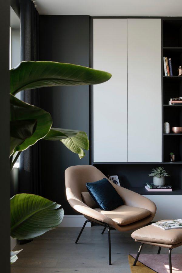 Deep dark grey walls in living room decor