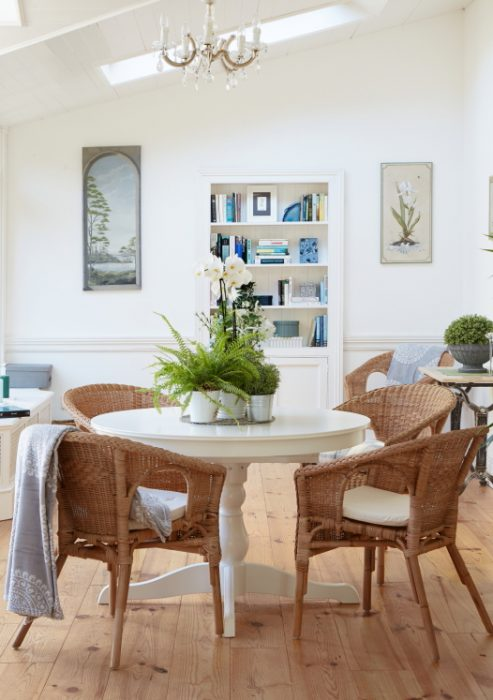Neutral wall colours in Jane's conservatory