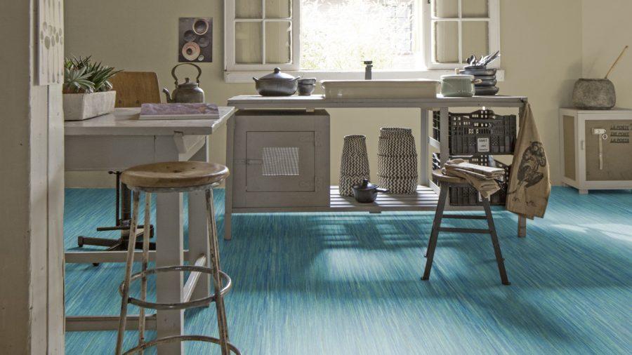 Non slip tough warm flooring